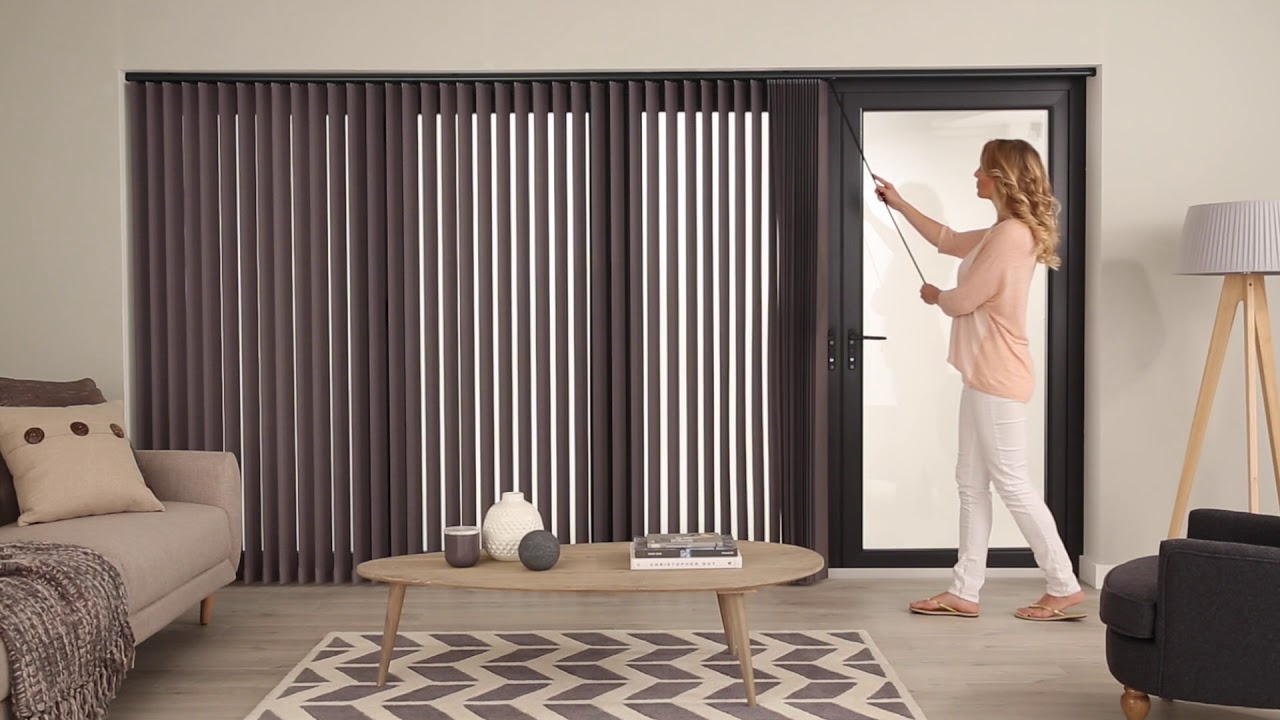 Incorporation of vertical blinds